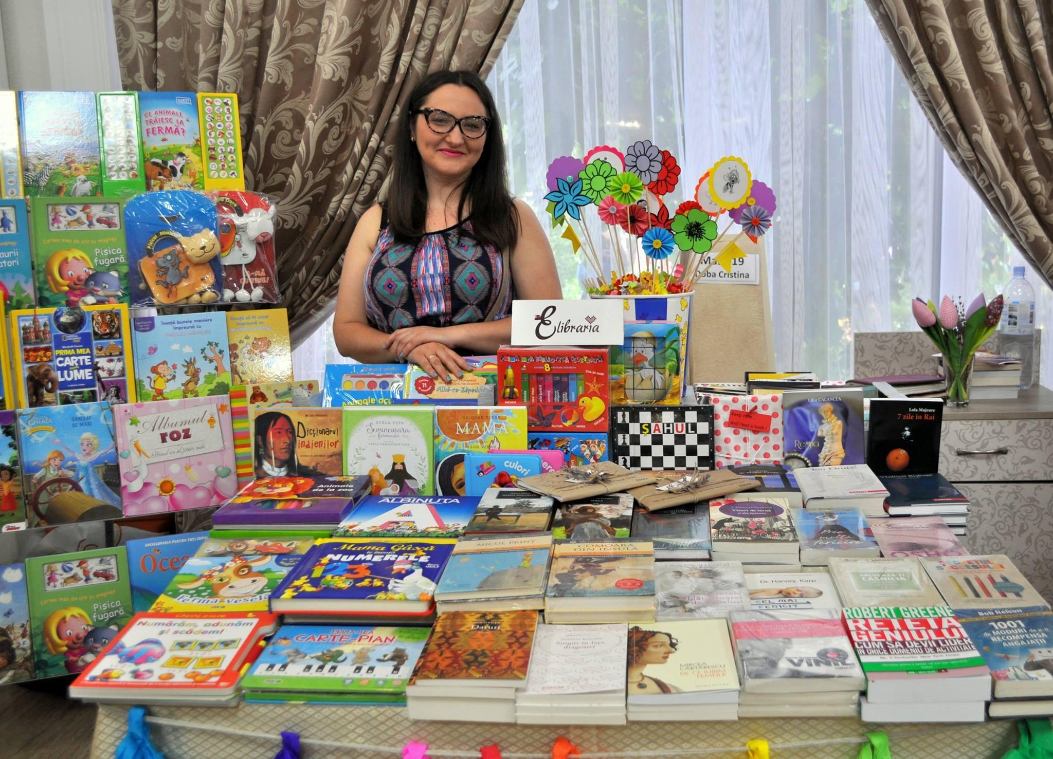 """Kristina Dobă, artist handmade: """"Activitatea mea a pornit de la plăcerea de a crea ceva frumos și inedit!"""""""