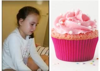 """E absolut adorabilă! Uite cum luptă această fetiță cu pofta de dulce. Plânge și explică cum o """"oprește"""" inima să nu mănânce o brioșă!"""