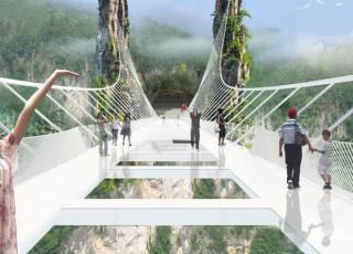 Cel mai mare pod de sticlă din lume, aproape de finalizare! Unde se află
