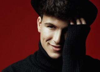Mark Stam: despre celebritate și ce ar fi făcut dacă nu devenea cântăreț